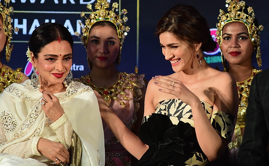 Rekha and Kriti Sanon at the IIFA Mumbai Press Conference