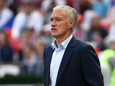 France's coach Didier Deschamps looks on during the Russia 2018 World Cup Group C football match between France and Australia at the Kazan Arena in Kazan on June 16, 2018. / AFP PHOTO / FRANCK FIFE / RESTRICTED TO EDITORIAL USE - NO MOBILE PUSH ALERTS/DOWNLOADS