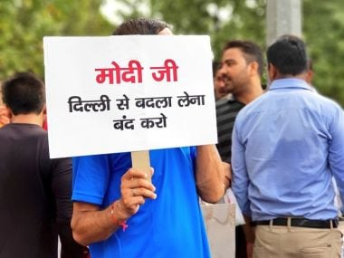 A protester at the AAP strike against the L-G high-handedness in Delhi on Sunday. Image courtesy: Twitter/ @AamAadmiParty