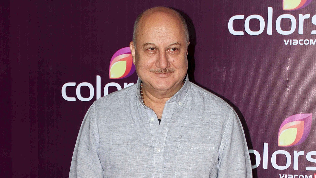 Anupam Kher confirms his autobiography will hit stands in 2019; book to delve into every aspect of actors life
