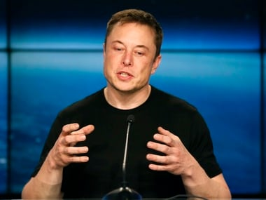 SpaceX founder Elon Musk speaks at a press conference. Image: Reuters