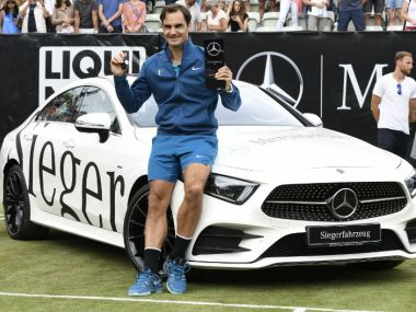 Stuttgart Open: Roger Federer defeats Milos Raonic to win 98th ATP title ahead of return to World No 1