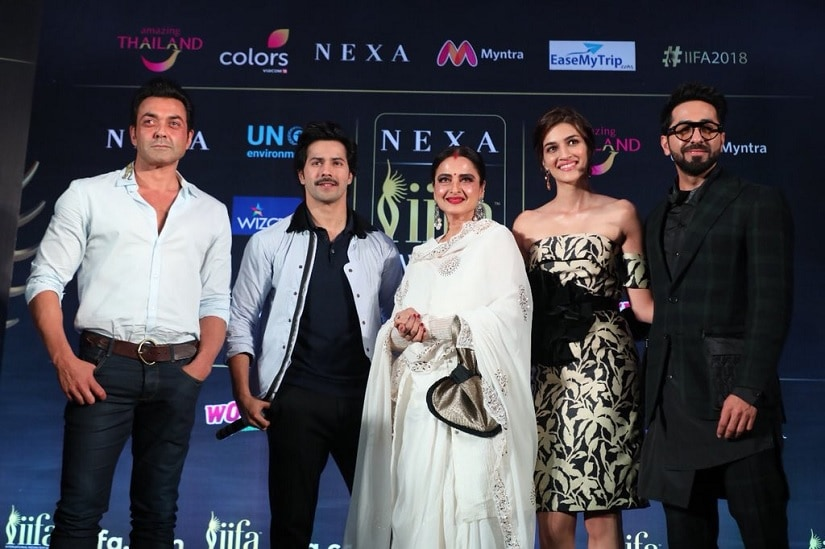 (From L-R) Bobby Deol, Varun Dhawan, Rekha, Kriti Sanon and Ayushmann Khurrana at the IIFA Awards press meet. Image via Twitter