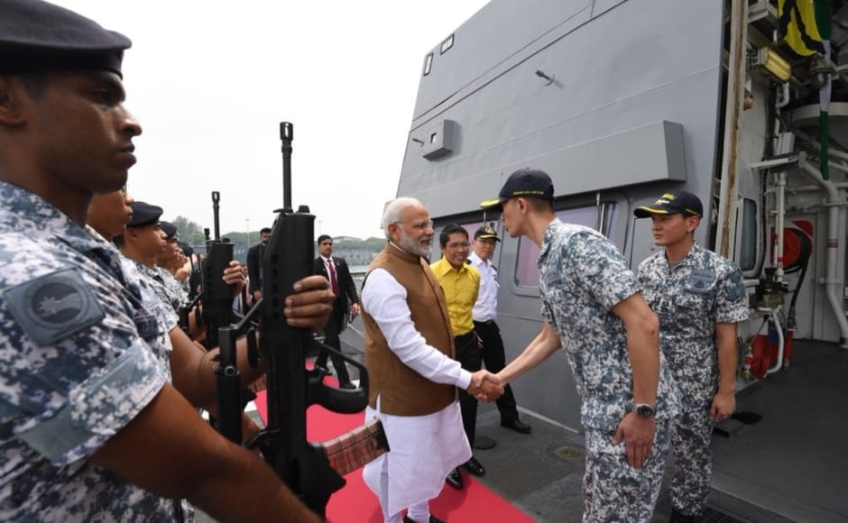 In the last leg of his Singapore tour, Modi visited the Changi Naval Base along with Singapore's senior minister of state for defence Mohamad Maliki Osman. India and Singapore have been conducting uninterrupted joint naval exercises since the last 25 years. Twitter@narendramodi