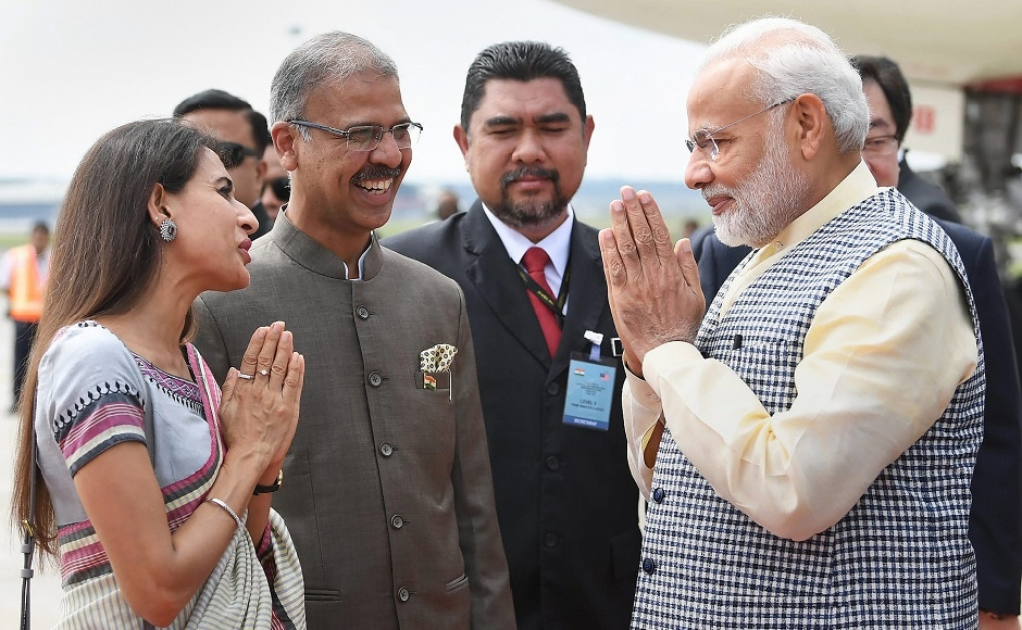Modi welcomed by dignitaries on his arrival in Kuala Lumpur. He met Malaysian prime minister Mahathir Mohamad and discussed aspects relating to India-Malaysia cooperation. PTI
