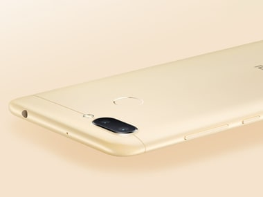 The Redmi 6 features a dual camera on the rear