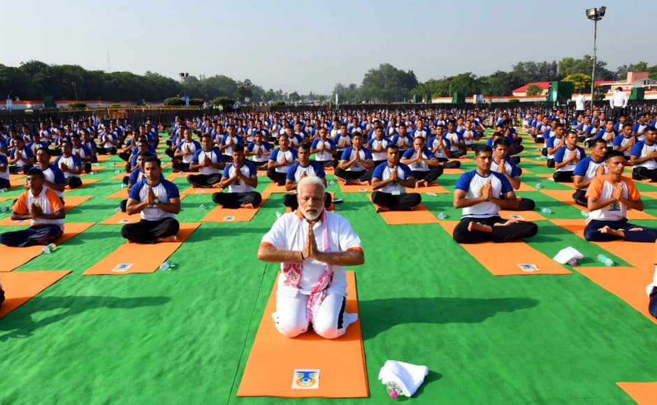International Yoga Day 2018: Senior BJP leaders join Narendra Modi, Venkaiah Naidu in celebrations, perform yoga across country