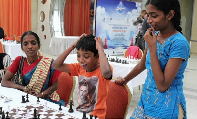 Oh my God! I have blundered! Pragg enjoyed chess as his sister Vaishali and mother Nagalakshmi look on | Photo: Amruta Mokal