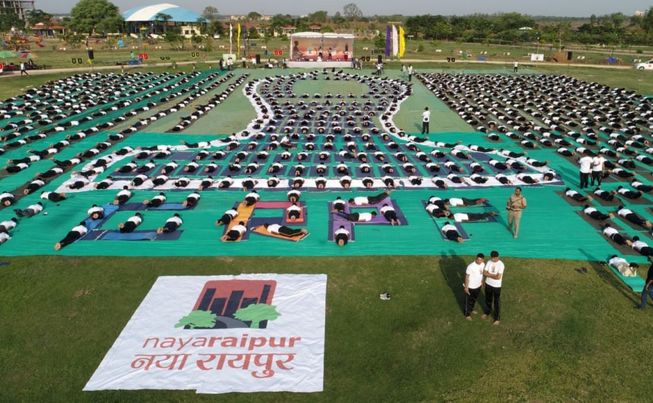 Over 1,000 soldiers belonging to CRPF and BSF in Naya Raipur celebrated International Yoga Day. Twitter/BSF_India