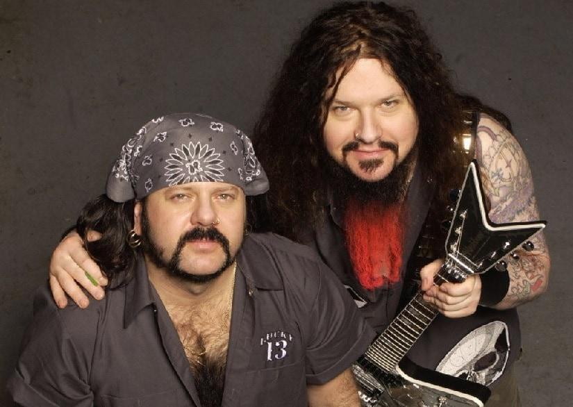 Pantera's Vinnie Paul (L) and Dimebag Darrell. Image via Twitter