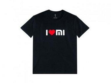 Xiaomi T-shirt.