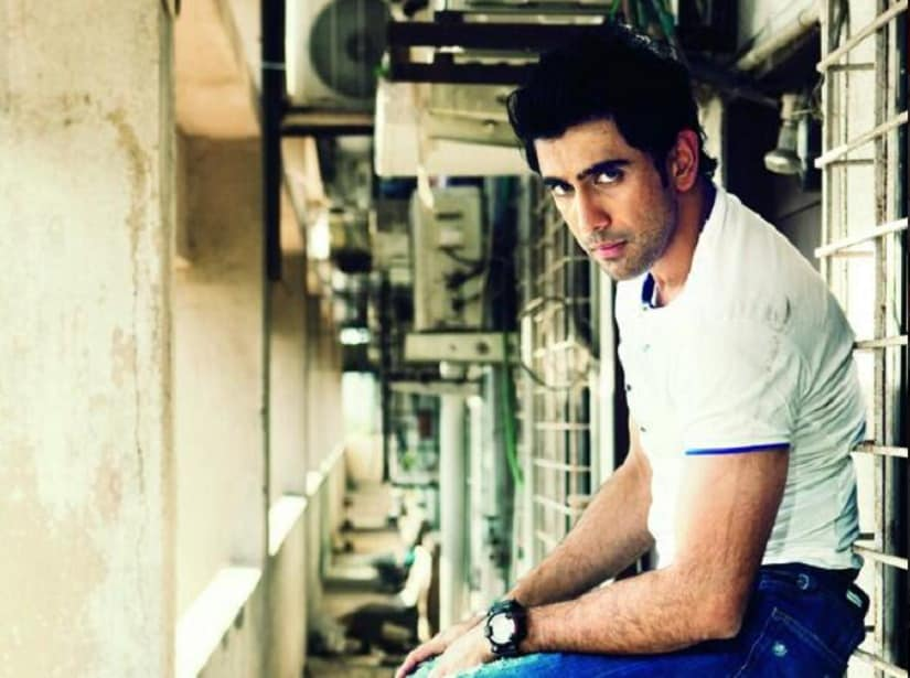 Amit Sadh to narrate the story of math wizard Anand Kumar in Hrithik Roshan-starrer Super 30