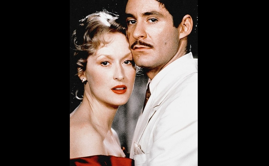 Meryl Streep plays a Polish immigrant sharing a boarding house in Brooklyn with her lover, Nathan in Sophie's Choice . Facebook/@TheMerylStreepForum