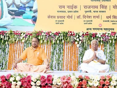 UP CM Yogi Adityanath participating in the WOrld Yoga Celebrations in Lucknow. Image courtesy: Twitter @MYogiadityanath