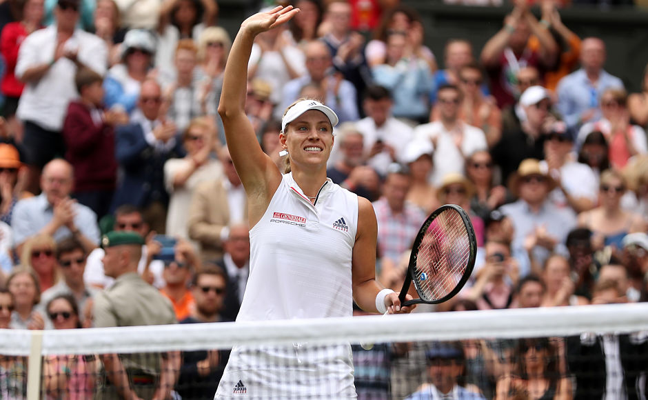 2016 runner-up Angelique Kerber beat Daria Kasatkina to reach her third Wimbledon semi-final. Kerber won 6-3, 7-5. AFP / Daniel Leal-Olivas
