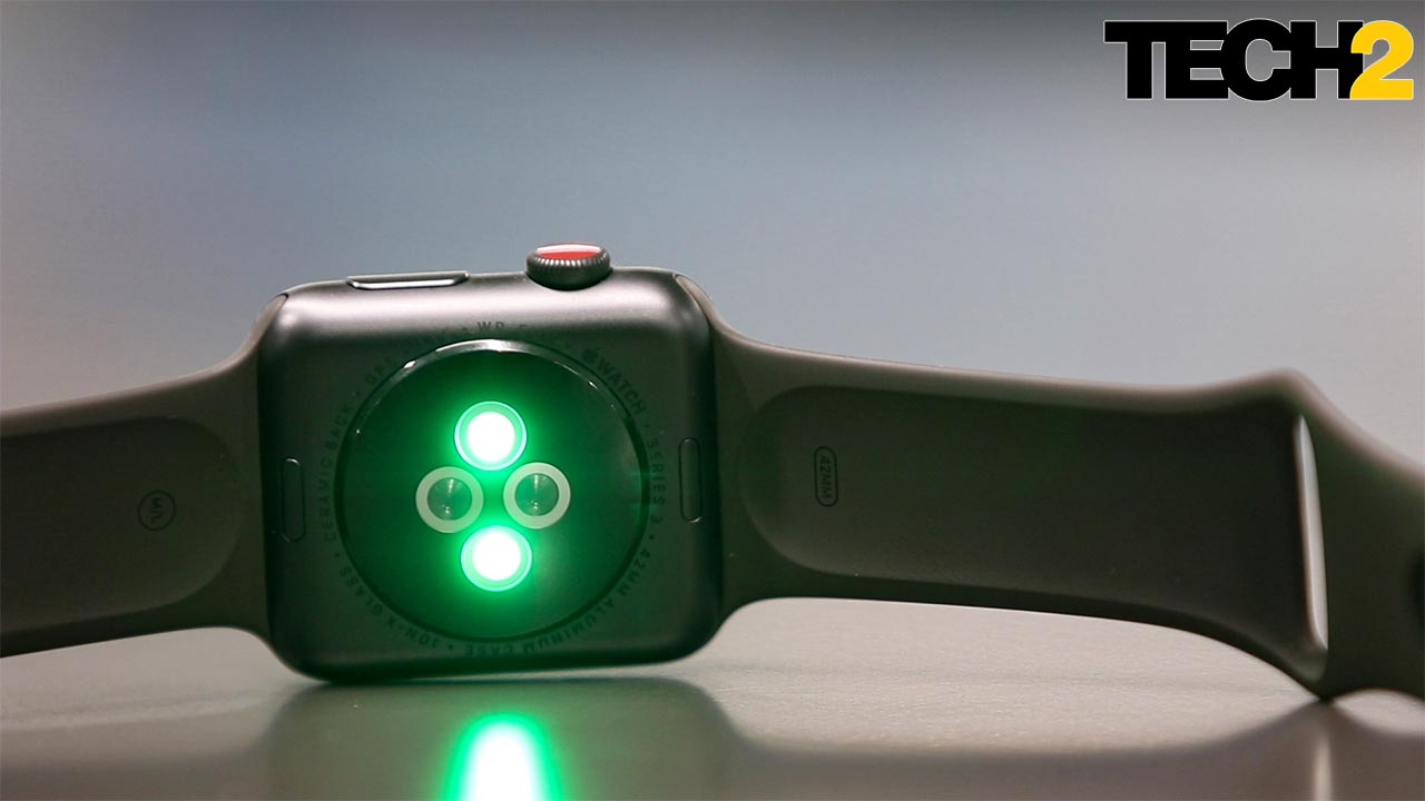 The optical heart rate sensor on the Apple Watch. Image: tech2/Prannoy Palav