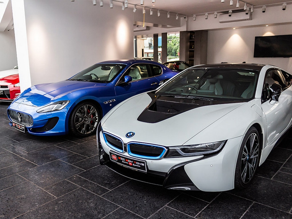 Big Boy Toyz A Pre Owned Luxury Vehicle Dealership Opens Showroom