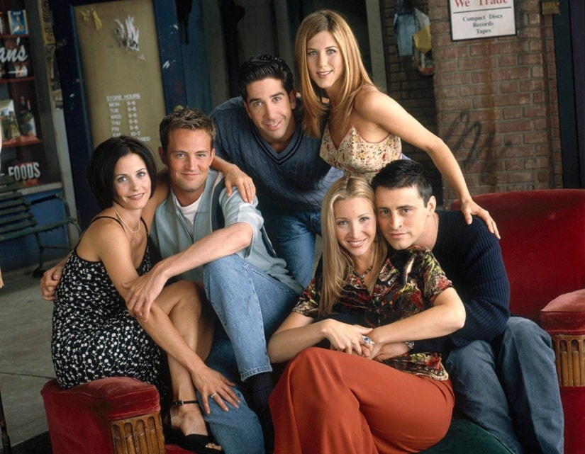 The entire cast of F.R.I.E.N.D.S. Facebook