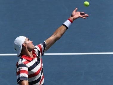 John Isner in action during his semi-final. Image courtesy: Twitter BBTatlantaopen