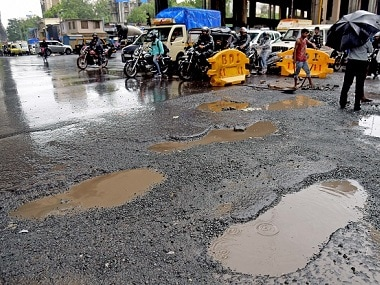 'Bad roads not only cause': MNS workers vandalise PWD office after minister remarks on pothole-related deaths in Mumbai suburbs