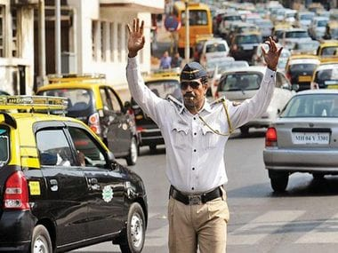 These #RoadSafety tweets by Mumbai Police will leave you right on the floor laughing!