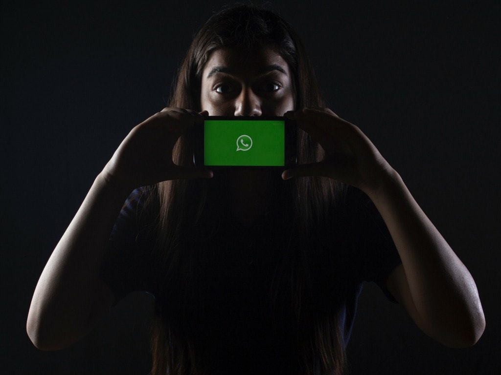 WhatsApp's latest update fixes a big problem with archived chats