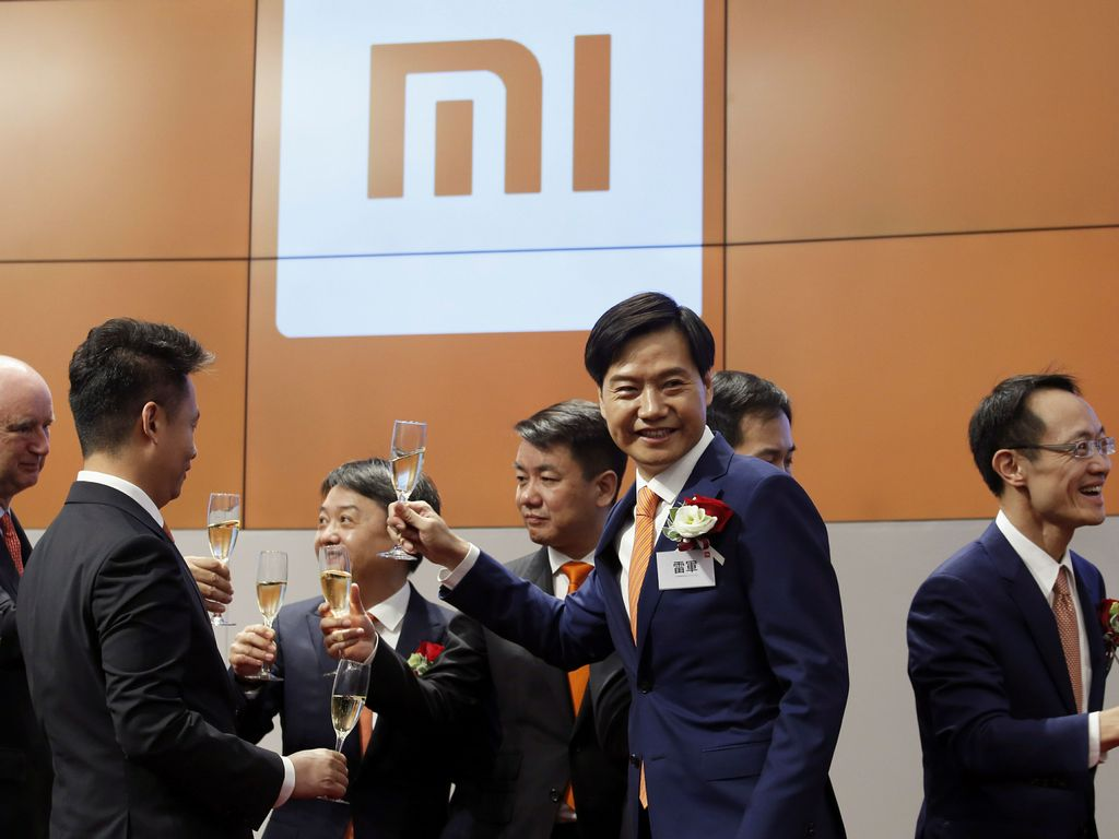 Xiaomi shares dropped by 2.9 percent on the first day of its IPO listing