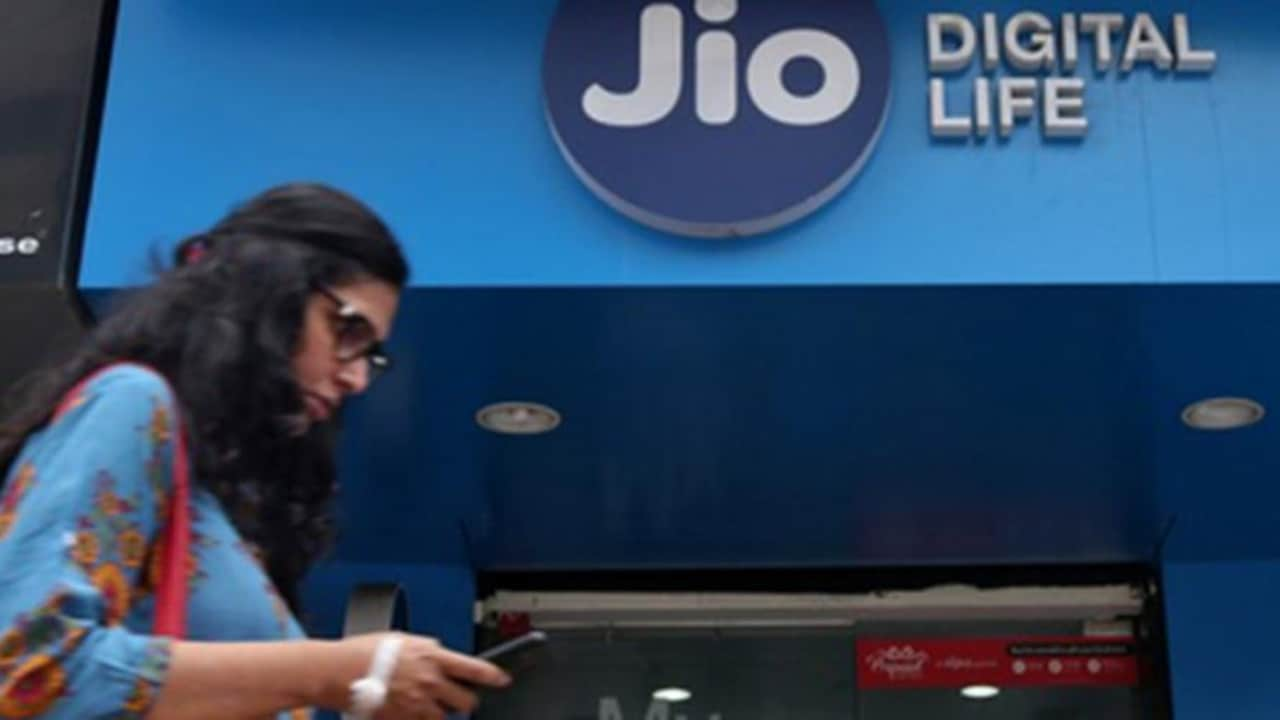 Reliance Jio will use Hughes satellite to provide 4G services in rural areas