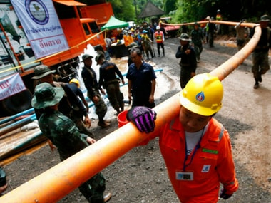 Thailand cave rescue: Officials contemplate ways to extract trapped football team after forecast of heavy rains on weekend