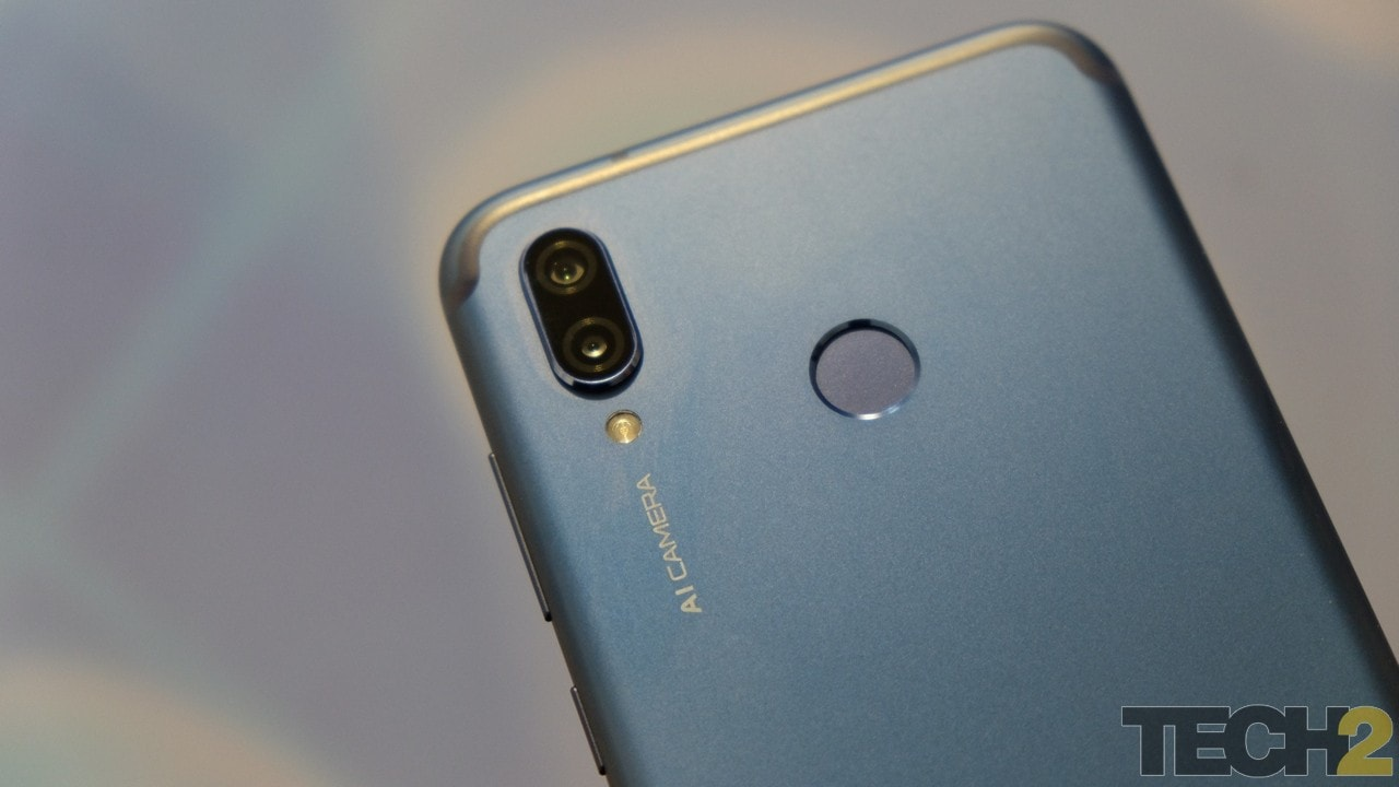 Honor Play;s fingerprint sensor is a bit higher than expected. Image: tech2/ Amrita Rajput
