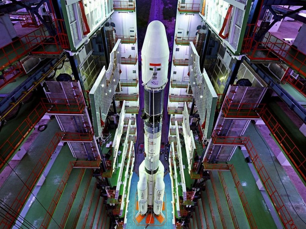 Independence Day 2018: Narendra Modi announces a manned mission to space by 2022