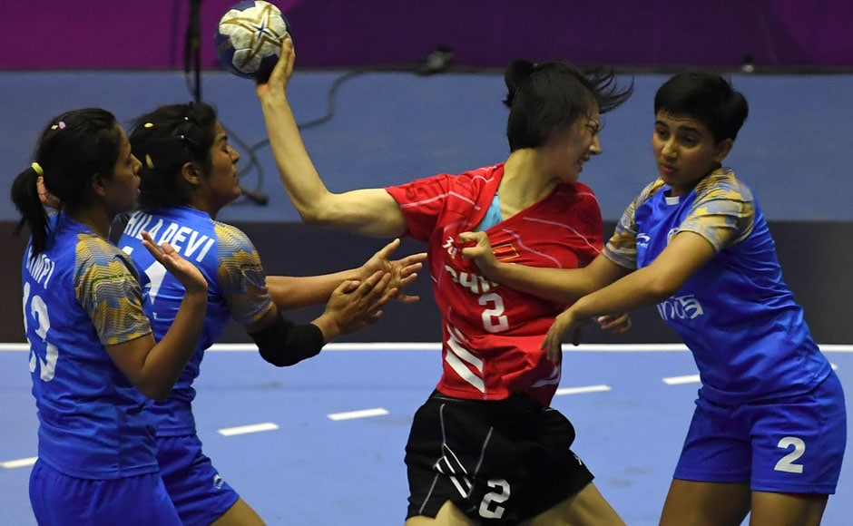 The Indian women's handball teamlost toChina in their Group A match. The Indians were unable to hold off China's attack, losing 36-21 to remain rooted at the bottom of the table. AFP