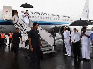 Modi arrives in Kochi. Twitter@PMOIndia