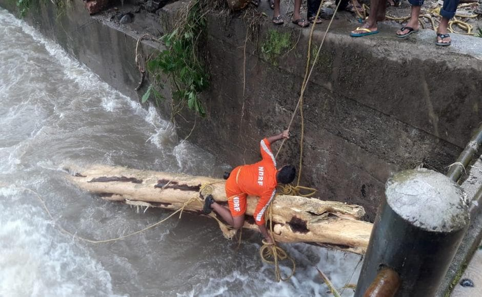 NDRF teams collaborated with Kerala's local disaster management authorities to carry out elaborate rescue efforts. Firstpost/Naveen Nair
