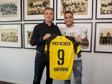 Paco Alcacer has signed for Borussia Dortmund in a one-year loan deal. Image courtesy: Twitter @BlackYellow