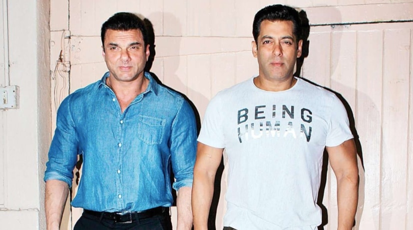 Sohail and Salman Khan. Twitter @BollywoodMmFans