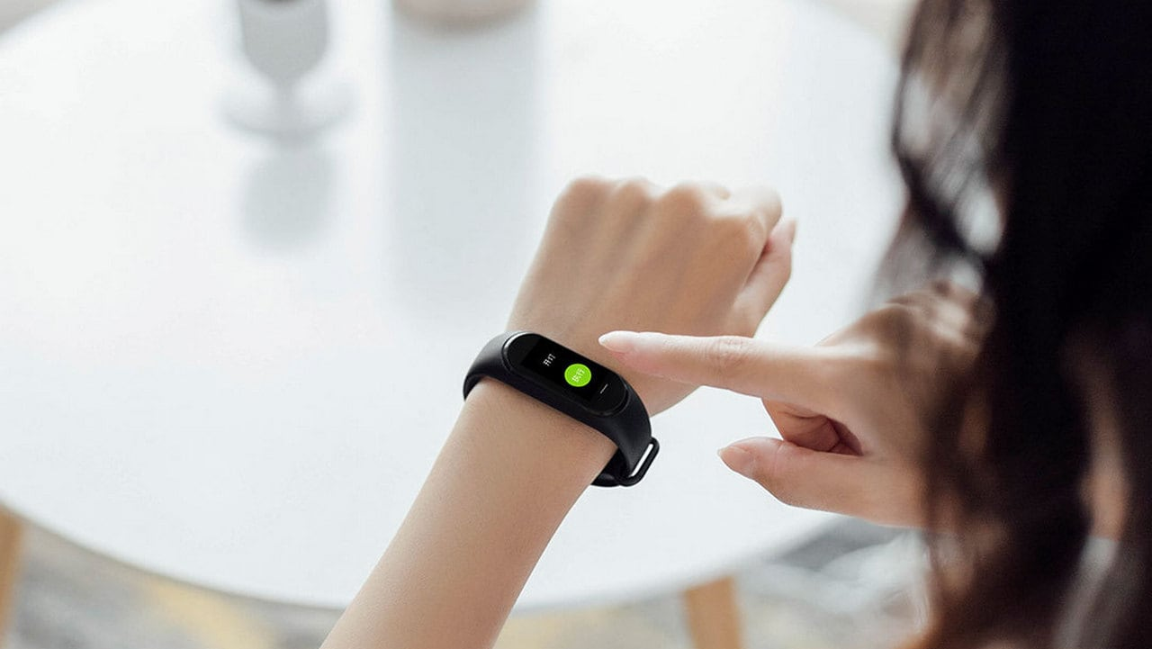 Xiaomi launches Hey+ fitness band for the Chinese market with OLED screen and NFC