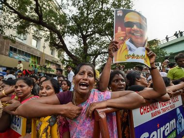 Karunanidhi passes away at 94: Madras High Court to decide on burial site for DMK chief at 8 am today
