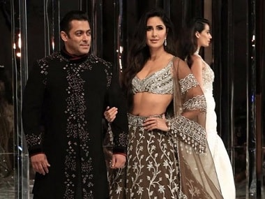 Salman Khan, Katrina Kaif display Manish Malhotra's wedding couture; Janhvi Kapoor, Khushi attend show