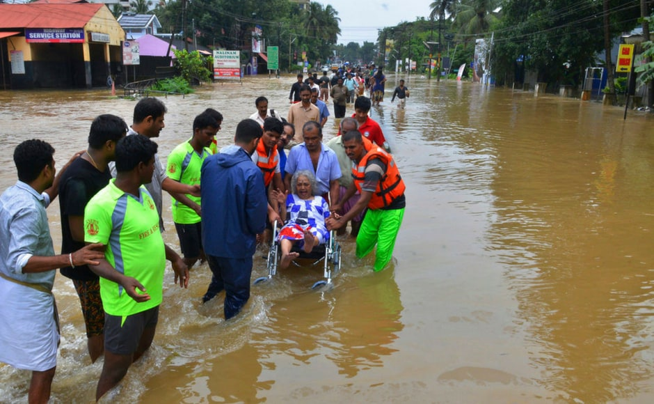 Waters from the Periyar river and its tributaries kept many towns in Ernakulam and Thrissur districts submerged. The worst affected include Paravur, Kalady, Chalakudy, Perumbavoor and Muvatupuzha. AP