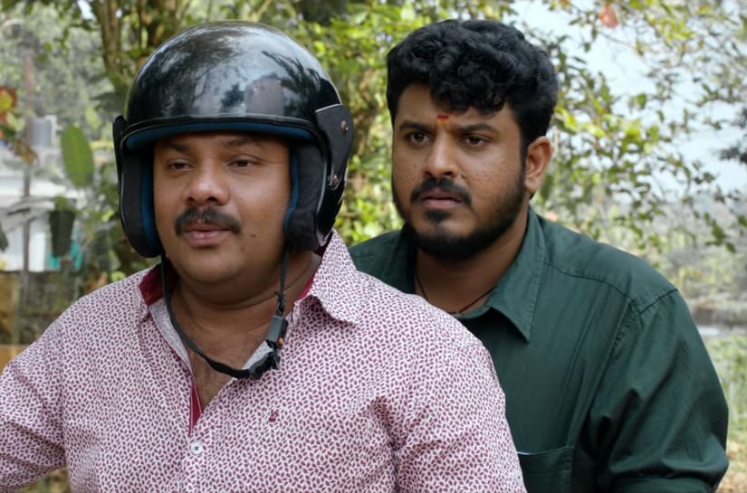 A still from Oru Pazhaya Bomb Kadha. YouTube