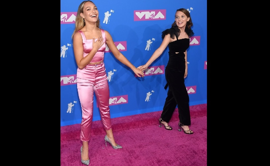 Millie Bobby Brown and Maddie Ziegler at the MTV Video Music Awards 2018