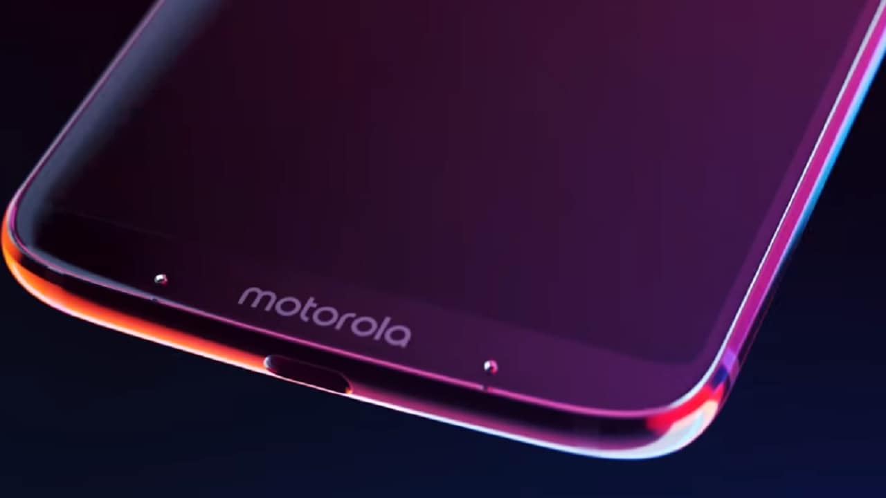 Moto Z4 to come with Snapdragon 675 SoC, 48 MP rear cam, 25 MP selfie cam: Report- Technology News, Firstpost