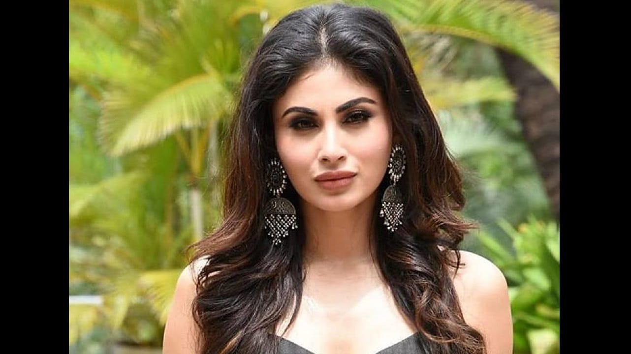 Mouni Roy. Facebook