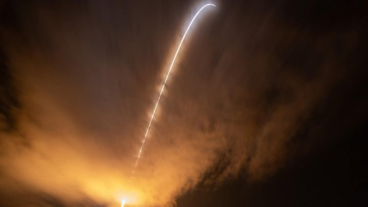 Using long exposure, a NASA photographer captures the trajectory of the Parker Solar Probe moments after blast off. Image courtesy: NASA