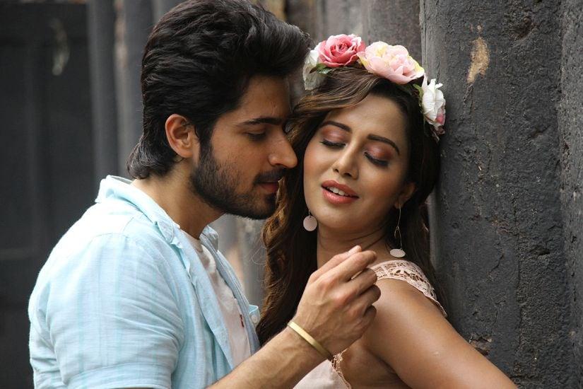 Harsh Kalyan and Raiza Wilson in a still from Pyaar Prema Kadhal. YouTube