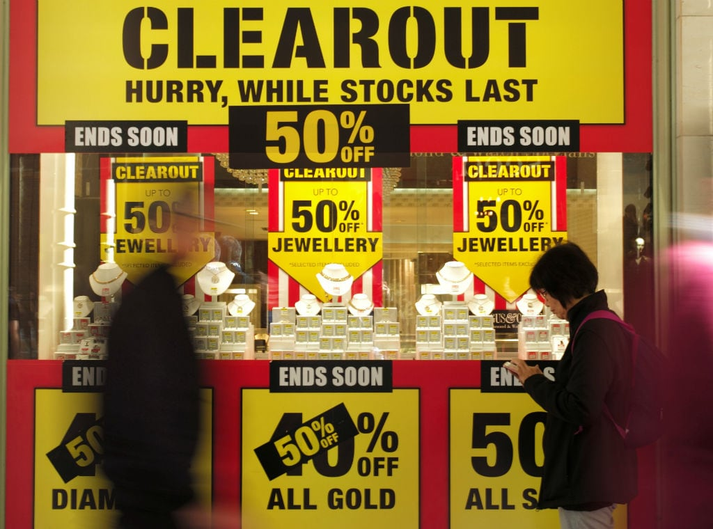 Mathematics can up your end of season sale game, amid plethora of discounts