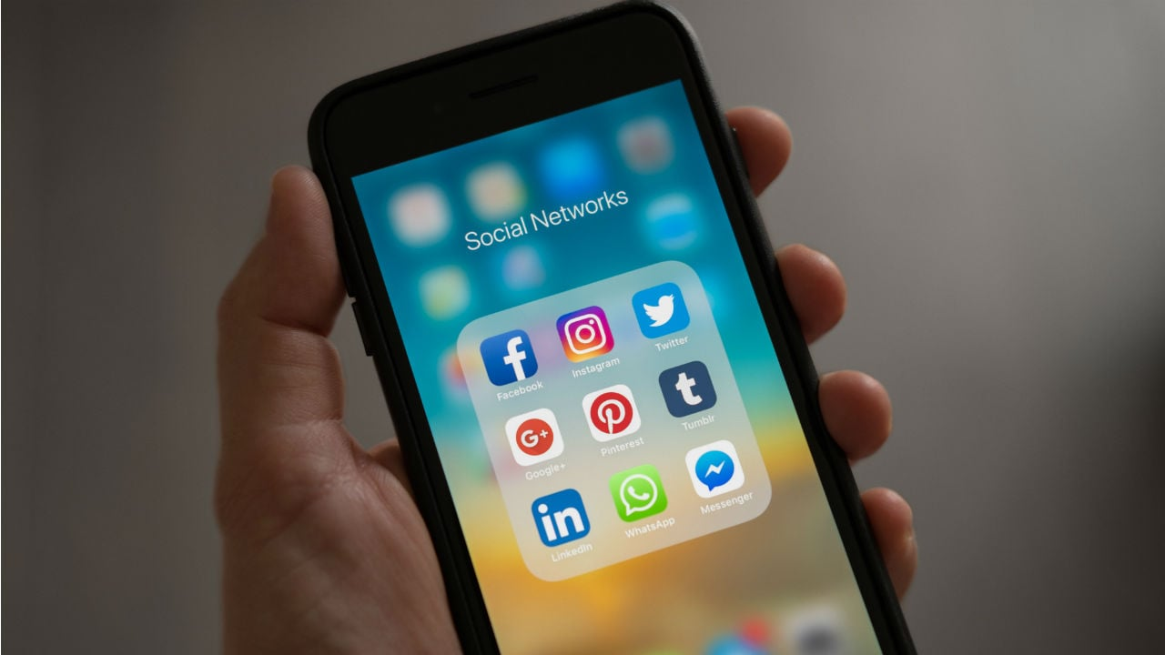 Vietnam wants 50 percent of social media users on domestic platforms by 2020