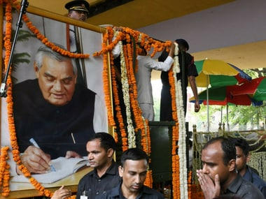 Thousands joined the funeral procession to bid farewell to former prime minister Atal Bihari Vajpayee on Friday. Twitter@BJP4India