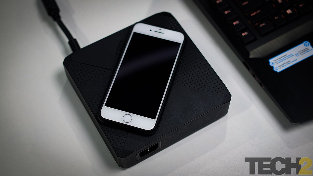 The power brick is humungous. You'll get entire PCs that are smaller. Image: tech2/Anirudh Regidi